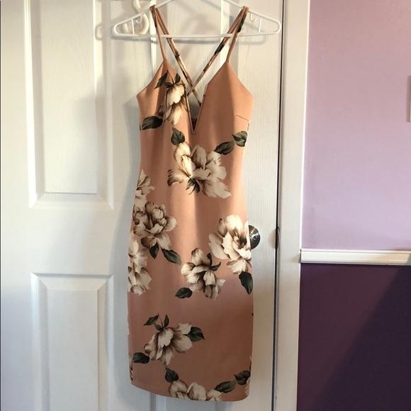 Charlotte Russe Dresses & Skirts - Pink Flower Bodycon Dress